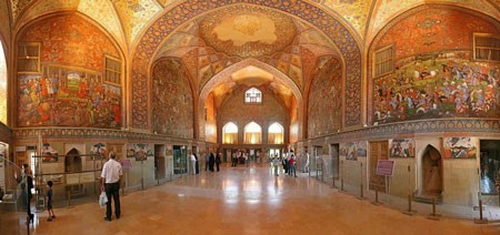 CHEHEL-SOTUN palace of Isfahan city